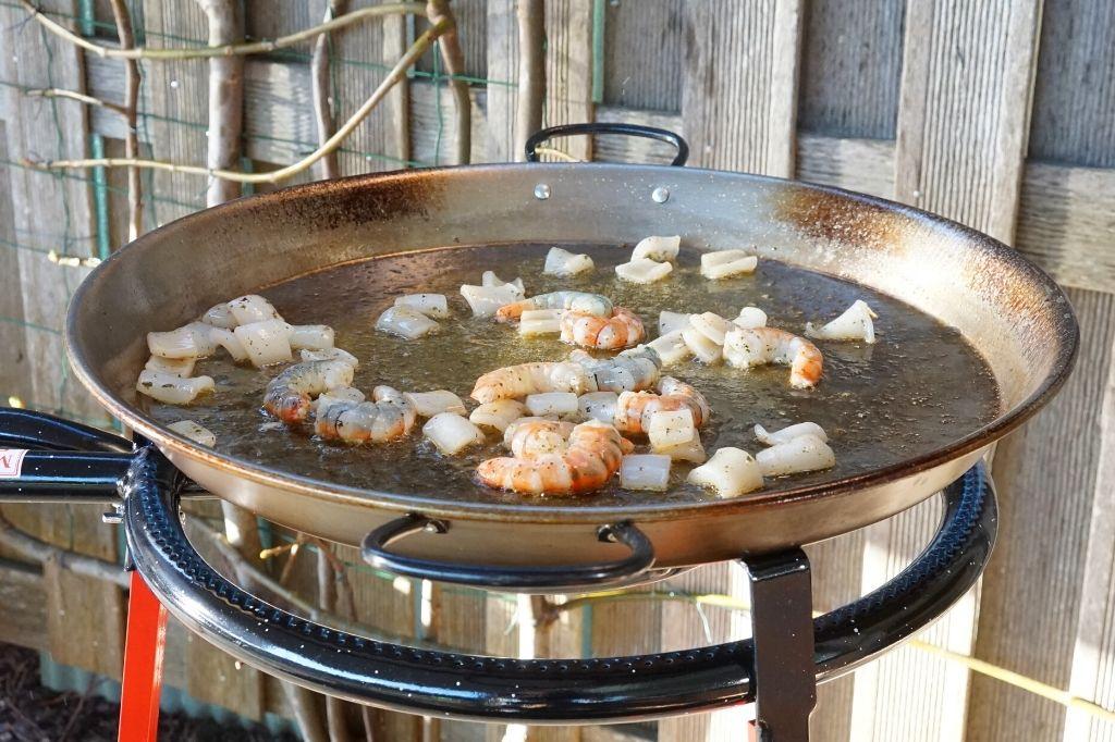como cocinar paella de marisco